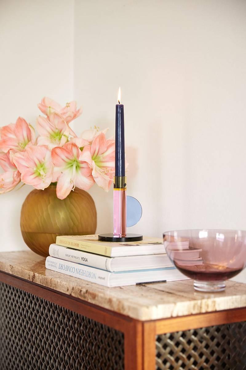 Lysestake i farget glass - Rosa - Hübsch